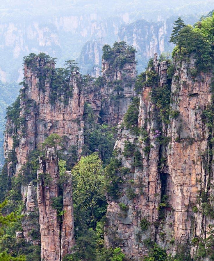 具体化浮动山在张家界,中国 免版税库存照片