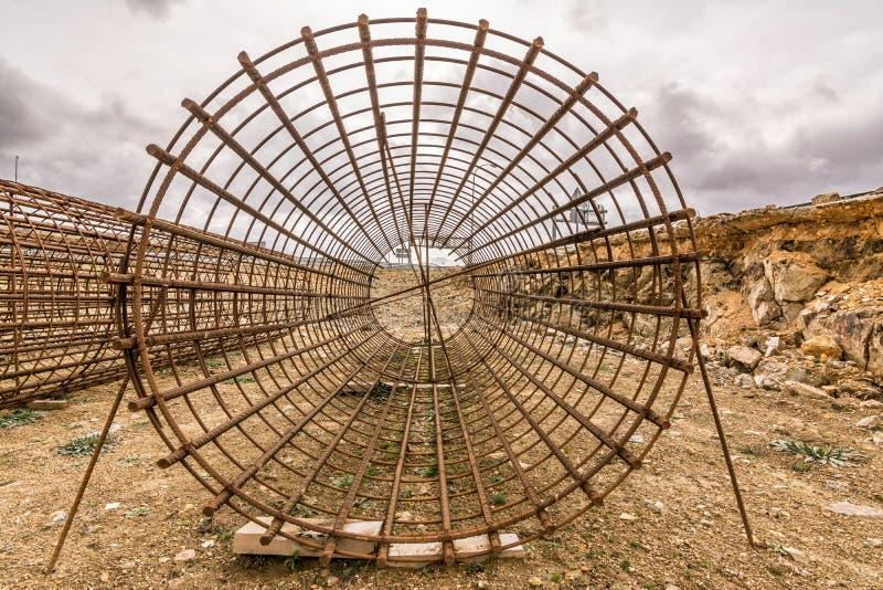 具体模板圆柱形卷的钢 免版税图库摄影