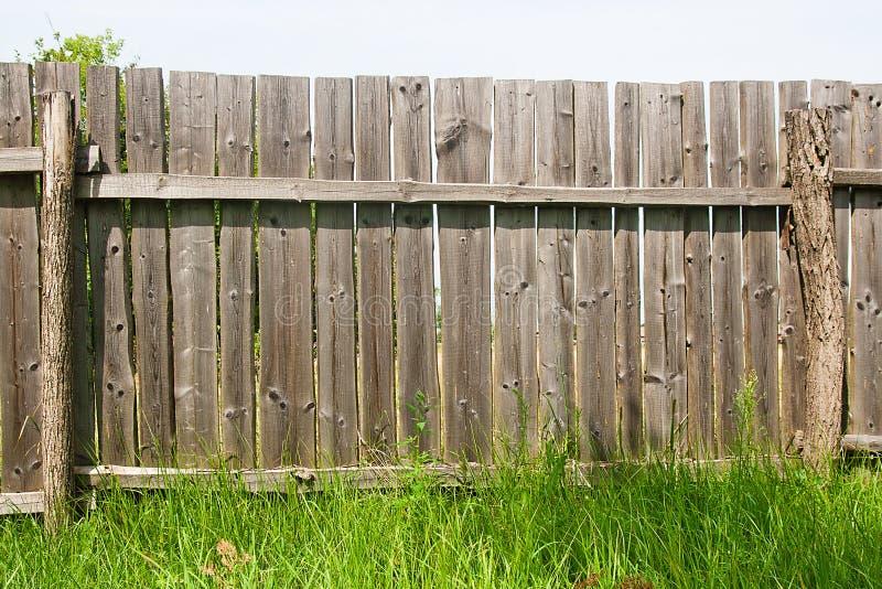 经典之作变老了木篱芭作为背景纹理 库存图片
