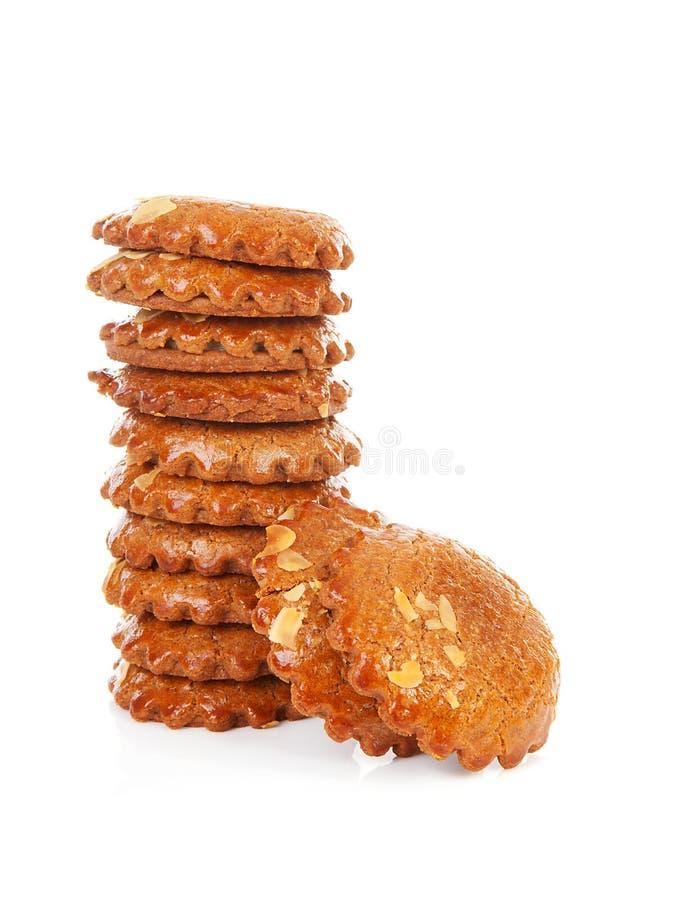 典型曲奇饼荷兰语被装载的姜饼的堆 库存图片