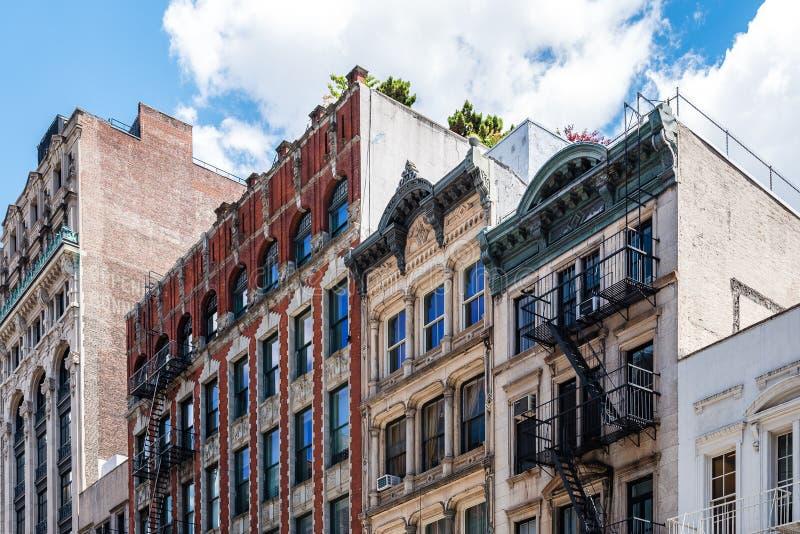典型的大厦在苏豪区在纽约 免版税库存照片