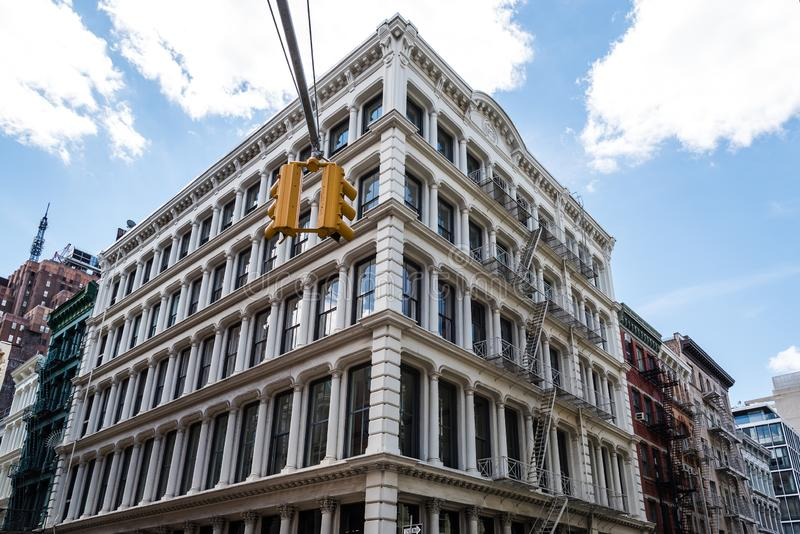 典型的大厦在苏豪区在纽约 图库摄影