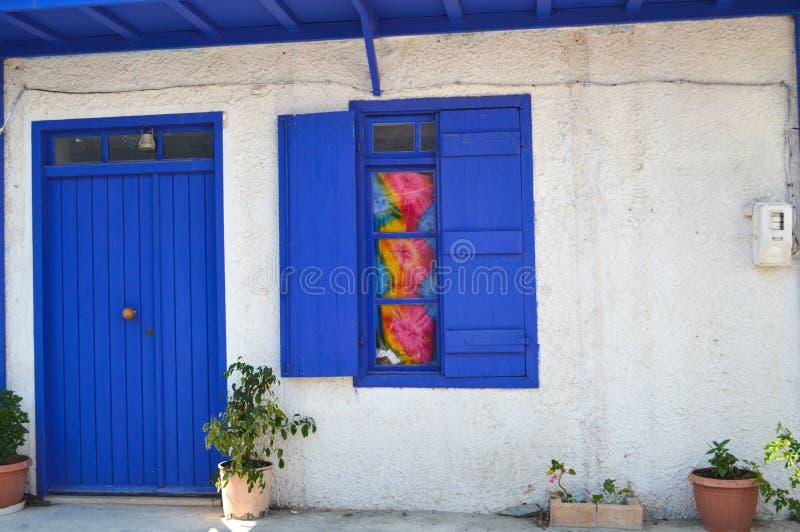 典型的房子在Mirtos 免版税库存图片