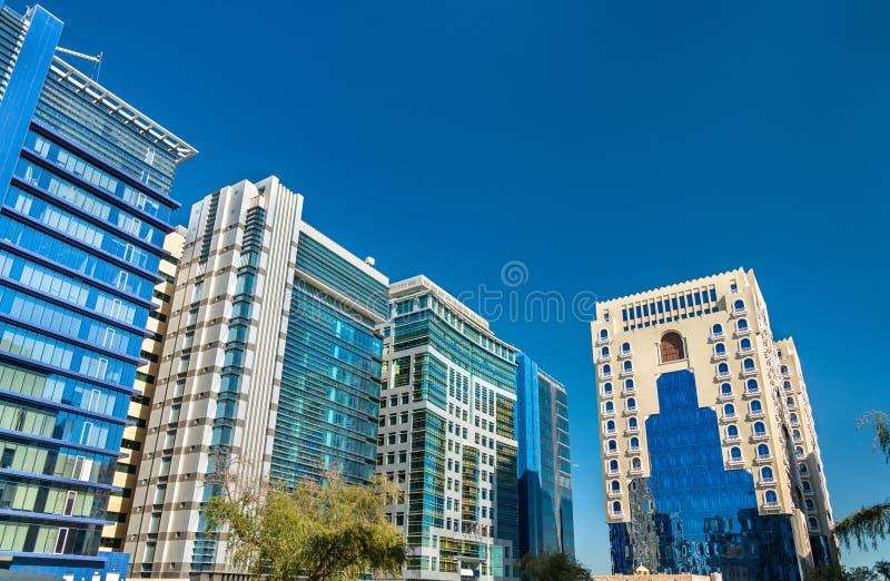 典型的现代大厦在多哈,卡塔尔 库存照片