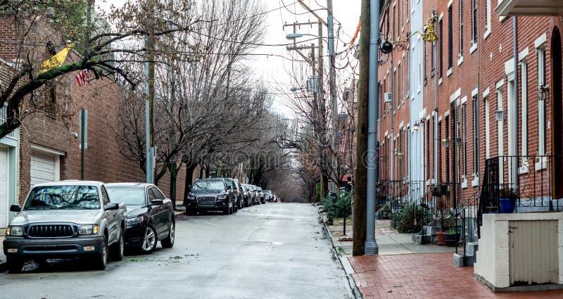 典型的街道在中心城市费城在一个雨天 免版税库存图片