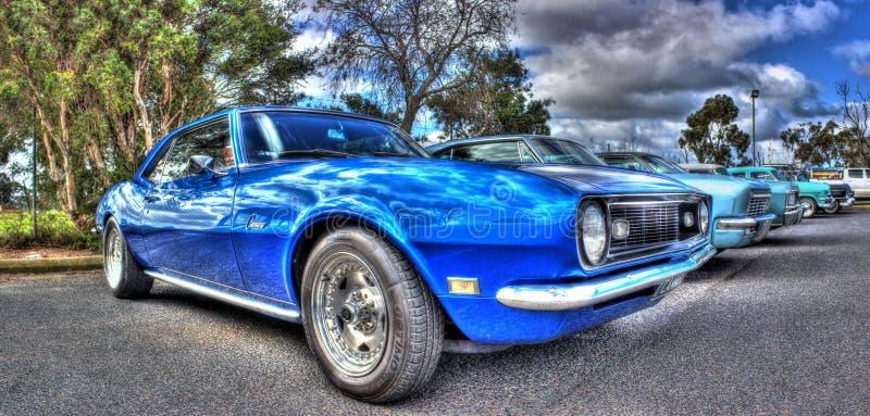 年代美国20蓝色70经典在汽车和自行车的世纪雪佛兰camaro在墨尔本唐二代空间对比宋max图片