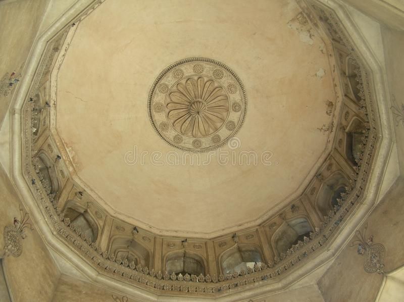 典雅的屋顶雕刻 免版税库存图片