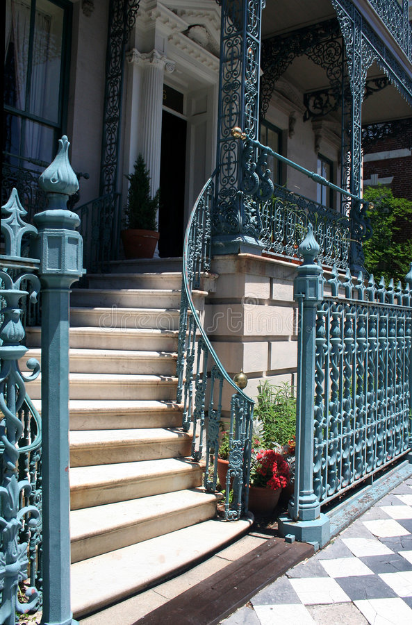 典雅的栏杆楼梯 库存照片