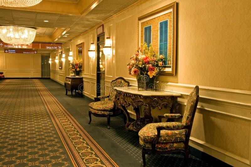 典雅的走廊旅馆 免版税库存图片