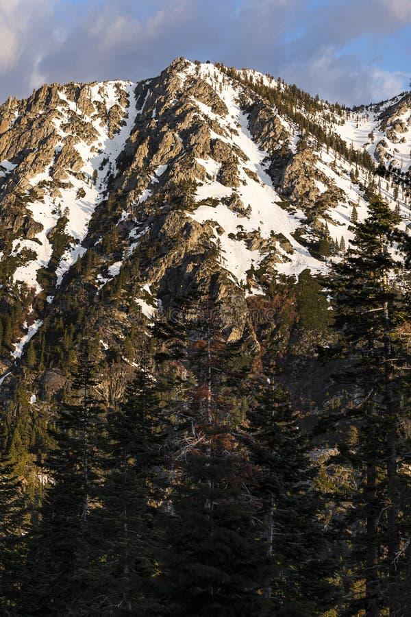 内华达山,美国的山脉 免版税库存图片