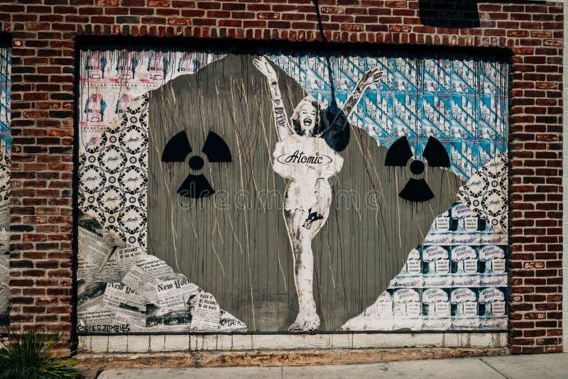 内华达州拉斯维加斯弗里蒙特街东侧原子弹小姐 图库摄影