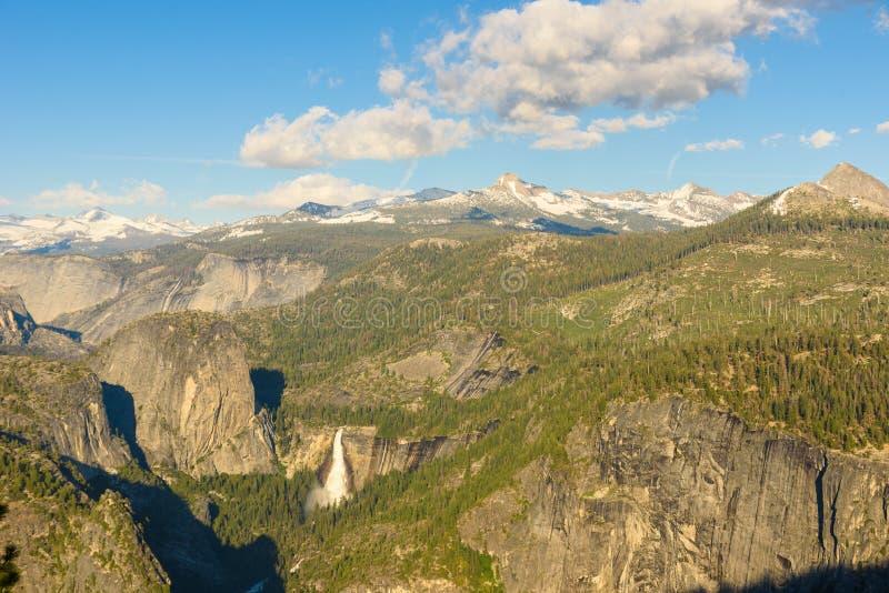 内华达秋天看法从冰川点的在优胜美地国家公园,加利福尼亚,美国 库存图片