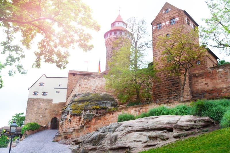 内在围场,纽伦堡美好的Kaiserburg视图  库存照片