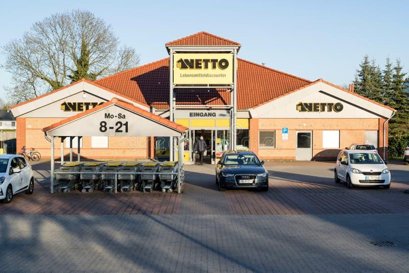 内托Lebensmitteldiscounter分支在亨施泰特-乌尔茨堡,德国 免版税库存图片