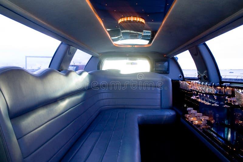 内部大型高级轿车 免版税库存照片