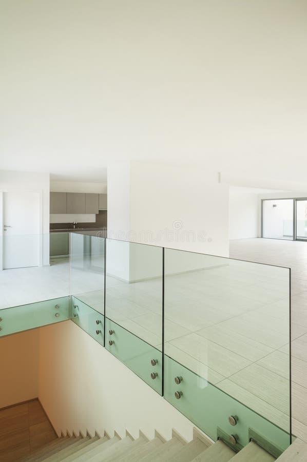 内部房子,楼梯 免版税库存图片