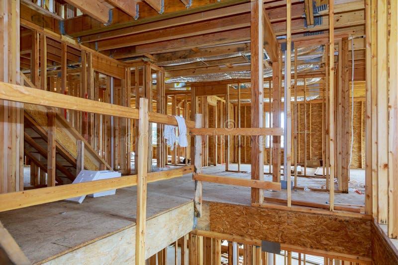 内部构筑一个新房建设中 免版税库存照片