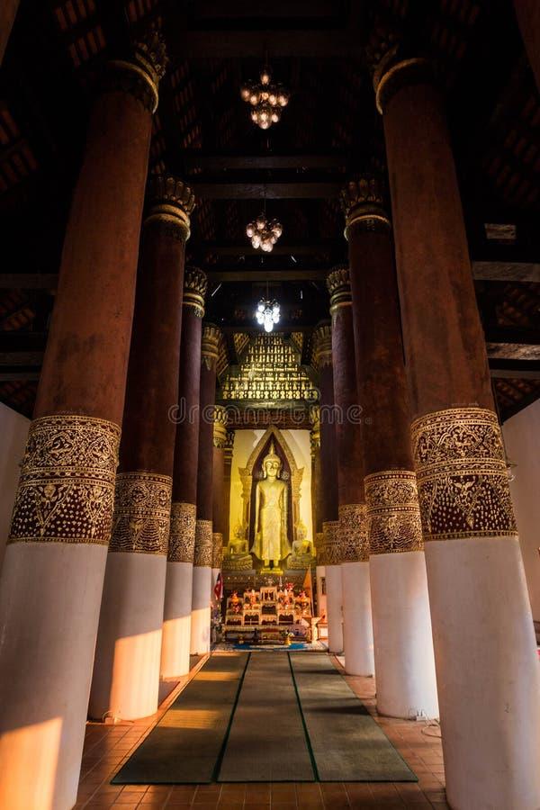 内部泰国寺庙 免版税库存图片