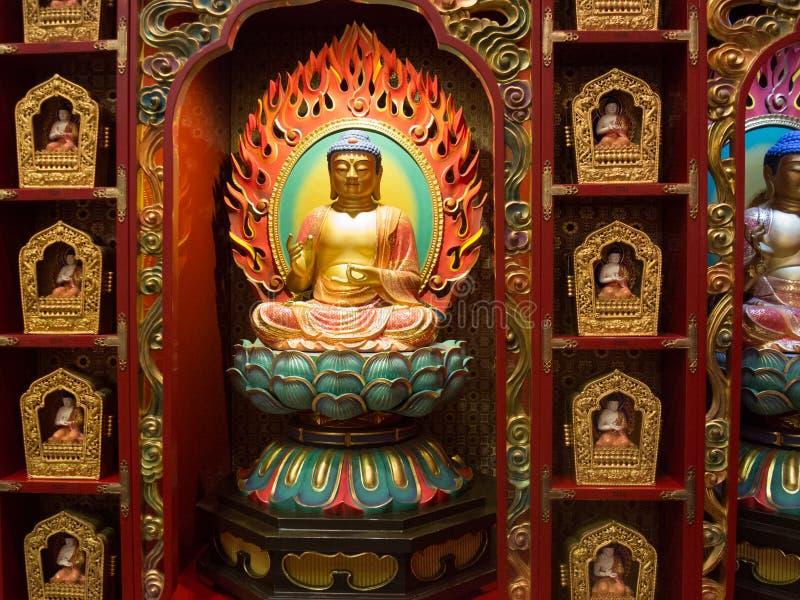 内部菩萨牙遗物寺庙,新加坡 免版税库存照片