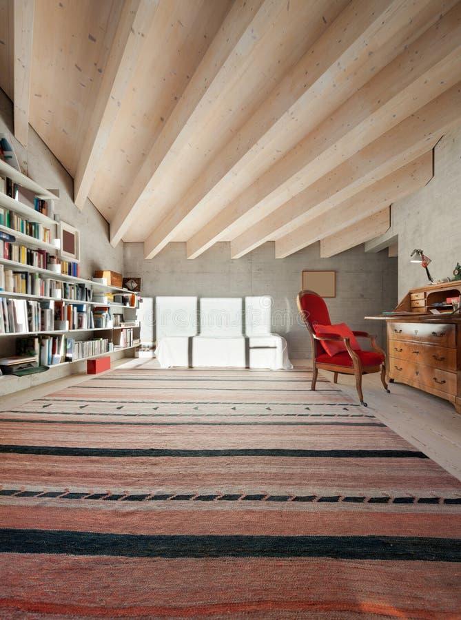 内部,有书橱的室 库存照片