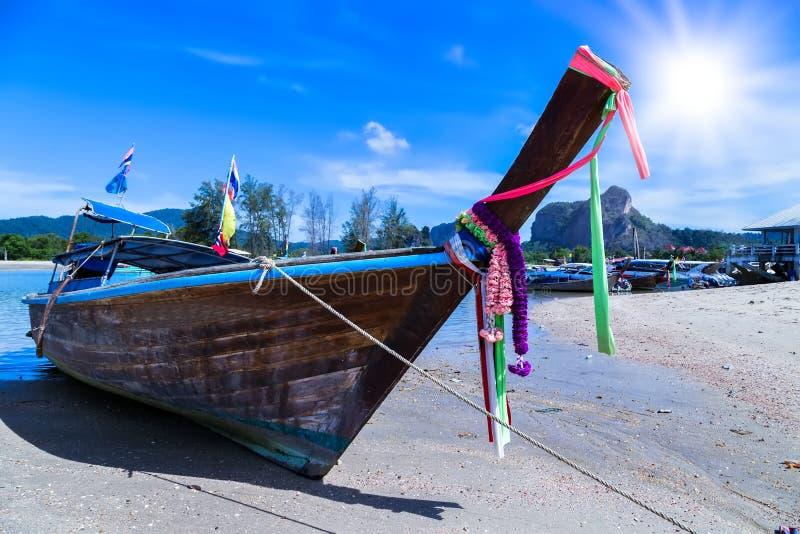 冒险长尾巴小船泰国 免版税图库摄影