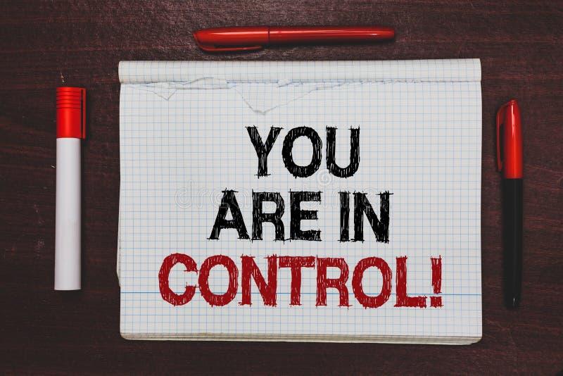 写您的手写文本在控制中 概念在情况管理当局书面黑色的意思责任, r 免版税库存照片