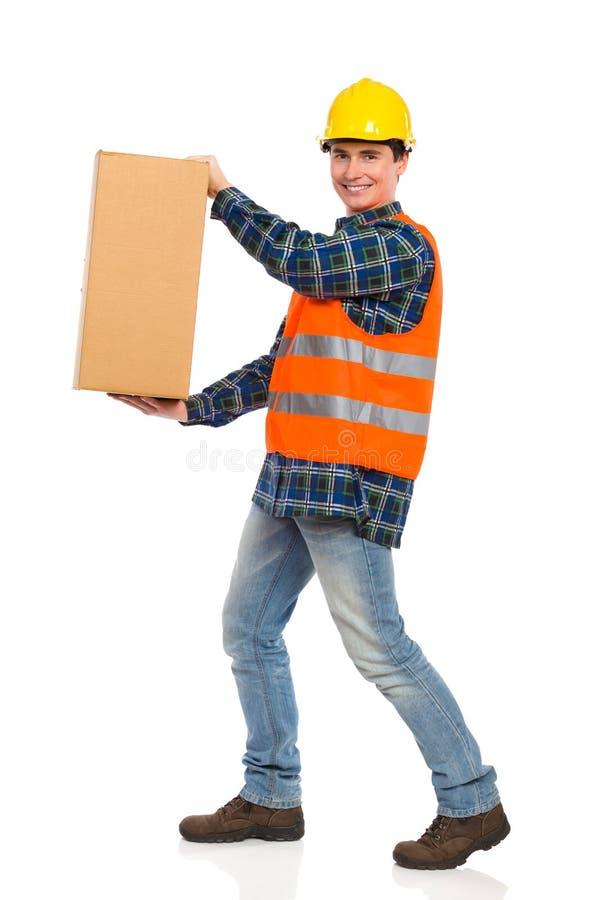 写您的消息在这个纸盒箱子。 库存照片