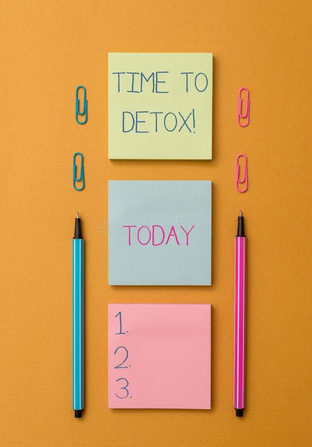 写文本时间的词给戒毒所 企业概念为,当您净化毒素您的身体或停止消耗药物前面 库存照片
