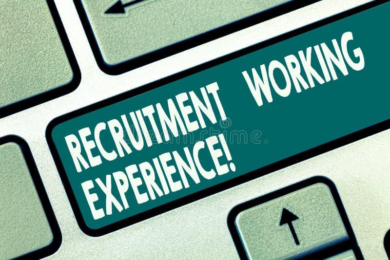 写文本补充工作经验的词 雇主的企业概念更喜欢有专门技术键盘键的毕业生 库存例证