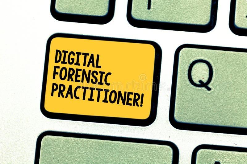 写显示数字法庭实习者的笔记 调查的计算机犯罪的企业照片陈列的专家 库存例证