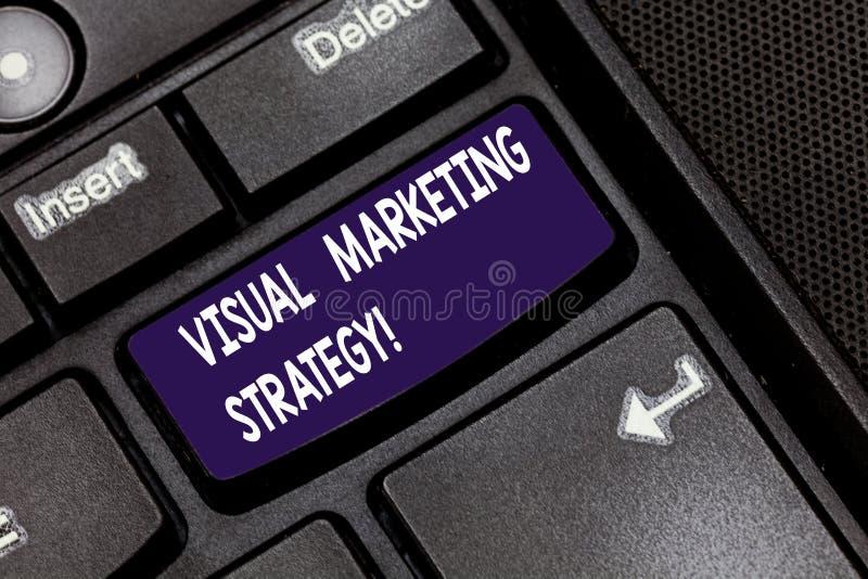 写显示视觉营销策略的笔记 企业照片陈列的连接的营销消息到图象键盘键里 免版税库存图片