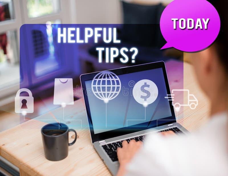 写有用的技巧问题的手写文本 意味秘密信息或建议的概念提是有用的 免版税库存照片