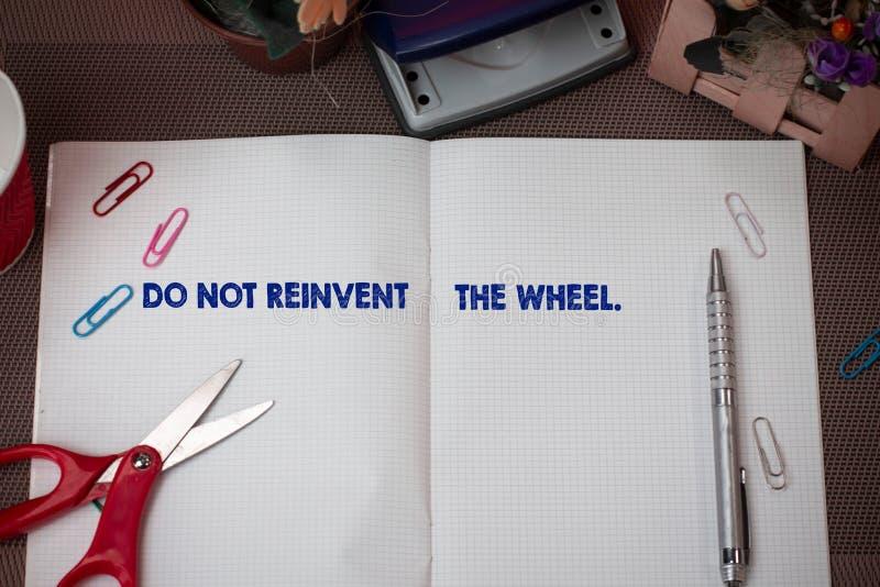 写笔记陈列不要重创轮子 以前复制一个基本的方法的企业照片陈列的中止 库存照片