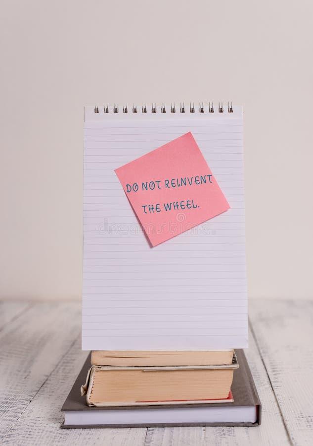 写笔记陈列不要重创轮子 以前复制一个基本的方法的企业照片陈列的中止 图库摄影