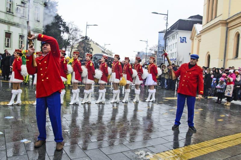 军乐队女队长的节日在街道上的 免版税库存图片