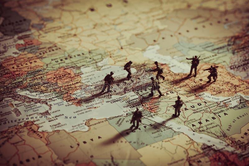 军事侵略的概念在中东 库存图片