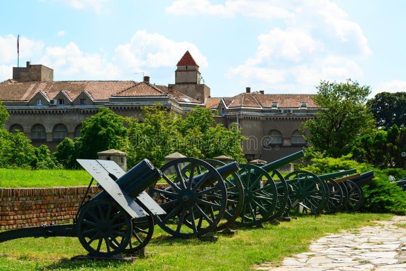军事博物馆看法在堡垒Kalemegdan在贝尔格莱德,塞尔维亚 免版税库存图片