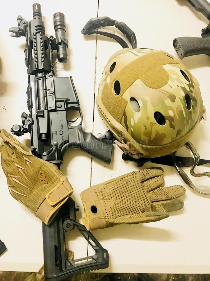军用武器和设备 免版税库存图片