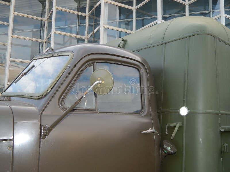 军用汽车,设备,减速火箭的项目 免版税库存照片
