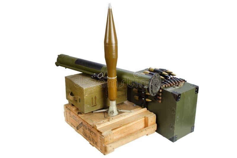 军队箱有火箭推进式榴弹的弹药 库存照片
