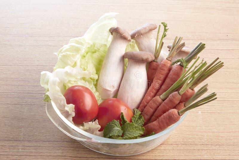 Download 农业新鲜市场产品蔬菜 库存照片. 图片 包括有 果子, 事假, 卧室, 食物, 当地, 自然, 蘑菇, 构成 - 72356100