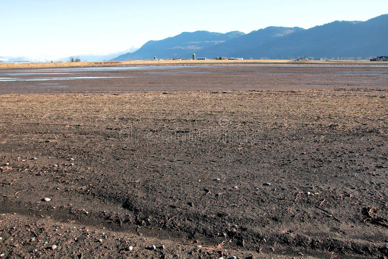 农场土地和河泥沙 库存图片