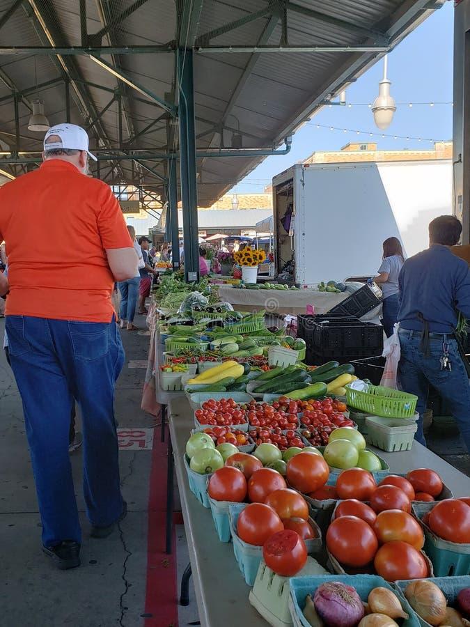 农夫市场周末堪萨斯密苏里 库存照片
