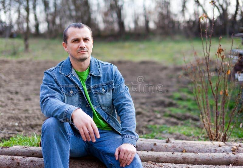 农夫英俊的年轻人 图库摄影