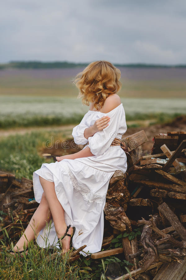 download 农村妇女结婚照 库存图片.图片