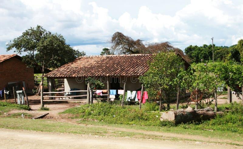 农村的房子 免版税库存照片