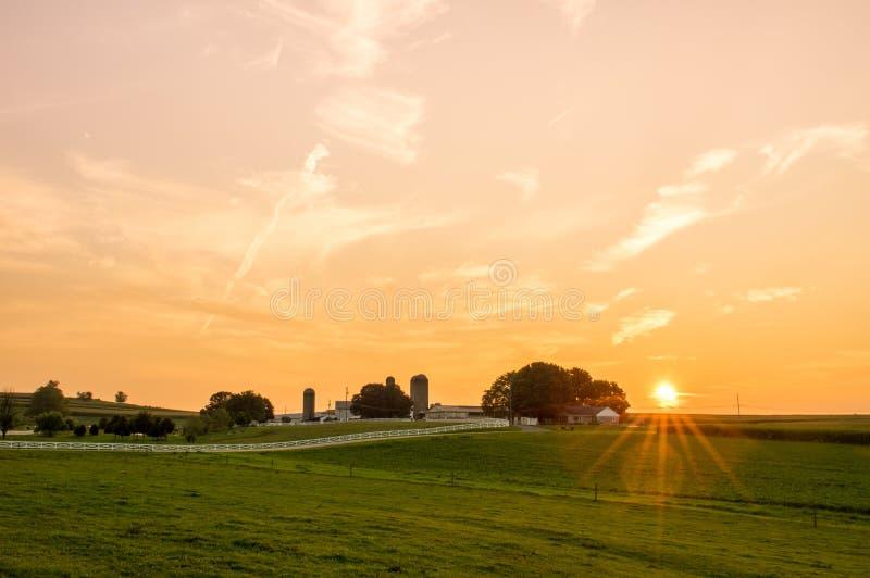农田日落在兰开斯特县 免版税图库摄影