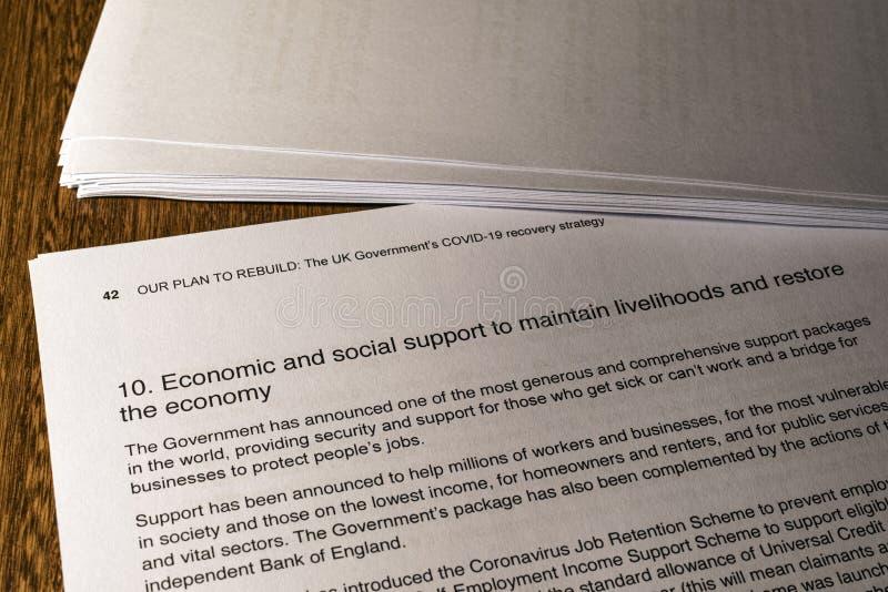 冠状病毒的经济和社会支持 免版税库存照片