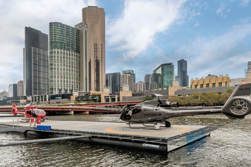 冠赌博娱乐场复杂和观光的直升机 冠赌博娱乐场是 免版税库存图片