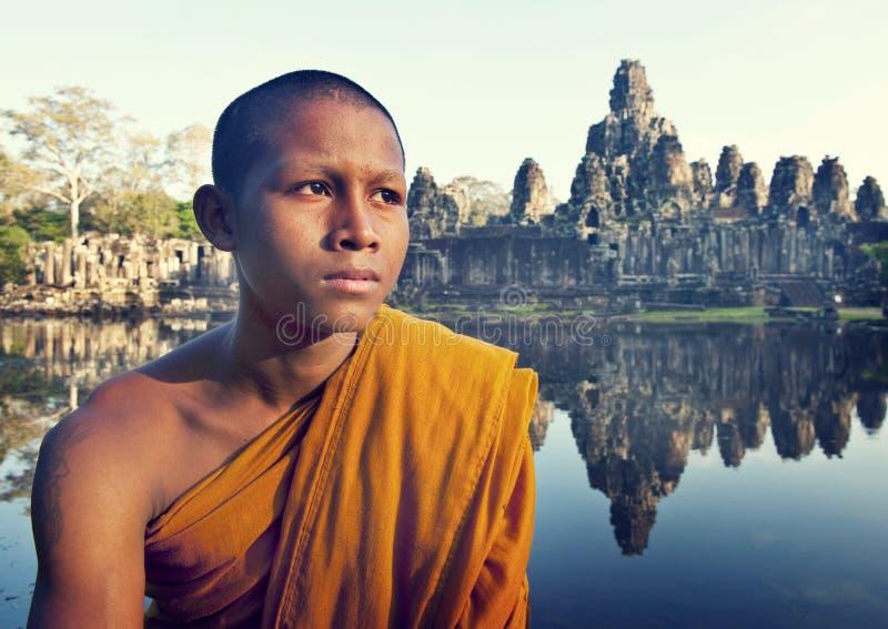 冥想修士吴哥窟暹粒柬埔寨 免版税图库摄影